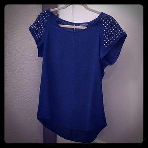 Short sleeved blue blouse